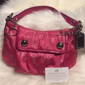 NEW Adorable Hot Pink Story Patch Coach Poppy